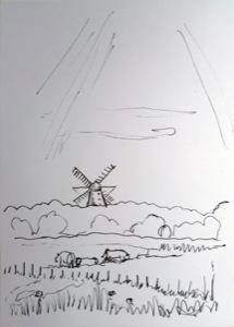 Weideland mit Kühen und Zäunen, umkrönt mit einem bewaldeten Berg, auf dem eine Mühle steht